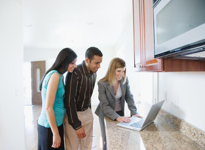 norbert schmidt hausverwaltung der kompetente ansprechpartner f r den verkauf oder die. Black Bedroom Furniture Sets. Home Design Ideas